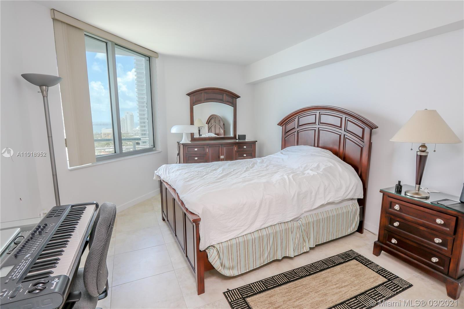 335 S Biscayne Blvd #1705 photo016