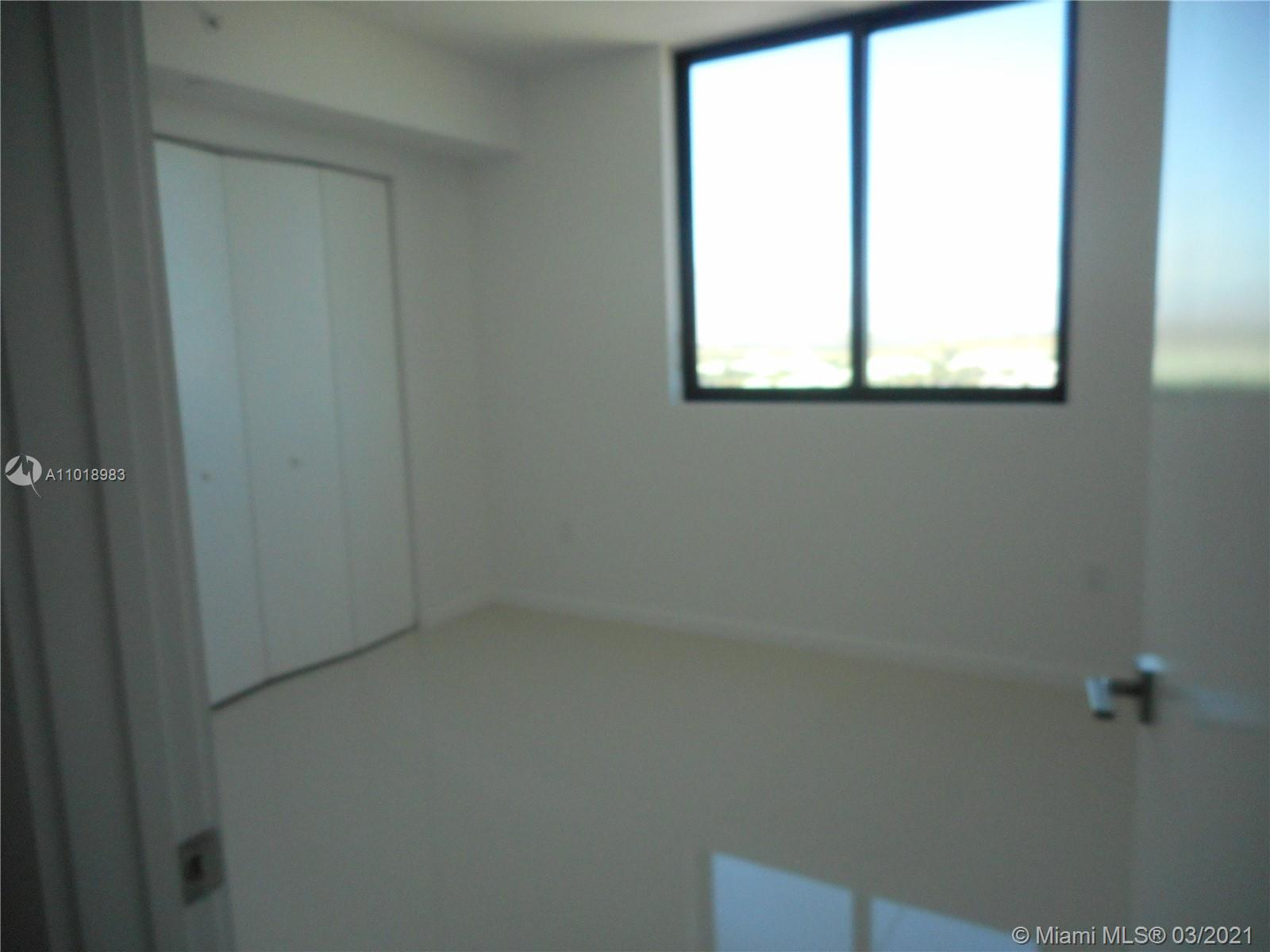 5252 NW 85th Ave #1012 photo011