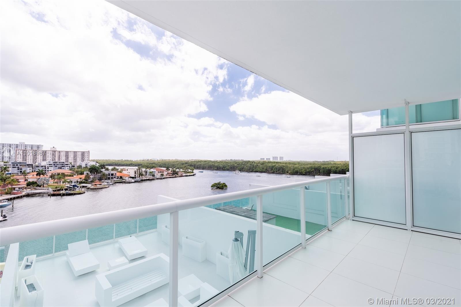 400 Sunny Isles #722 - 400 Sunny Isles Blvd #722, Sunny Isles Beach, FL 33160