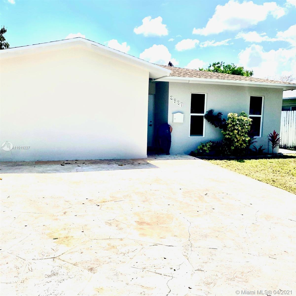 Hollywood Little Ranches - 2620 NW Adams St, Hollywood, FL 33020