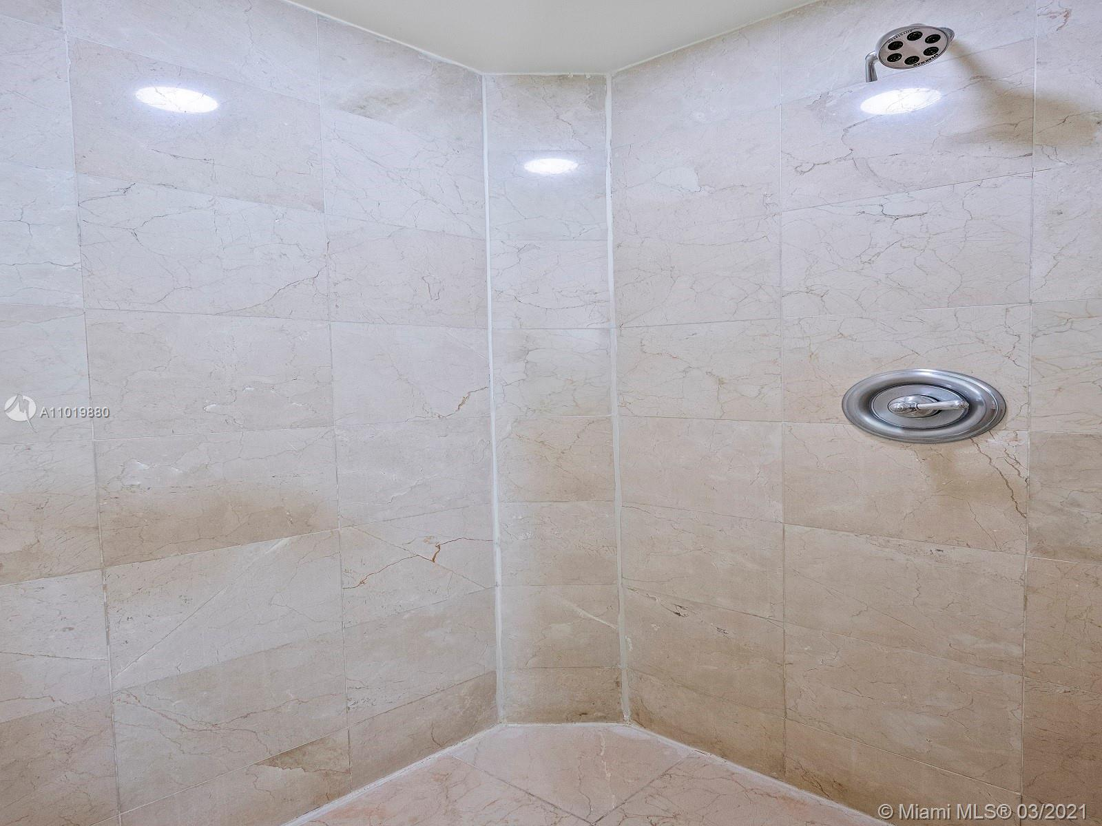 18001 Collins Ave #1706 photo021