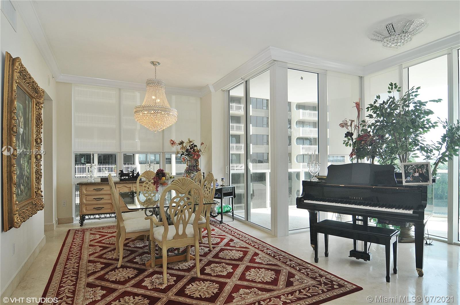 10225 Collins Ave #404 photo06