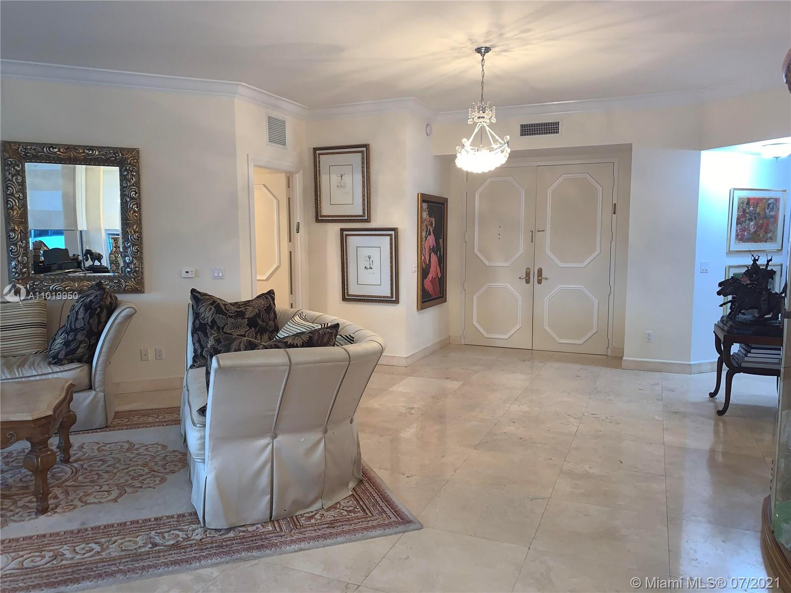 10225 Collins Ave #404 photo018