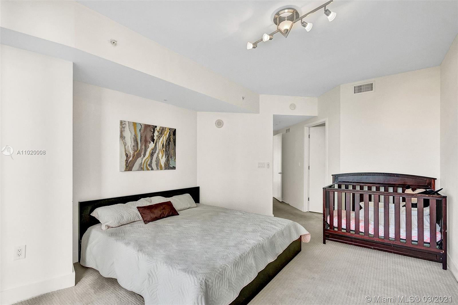 18201 Collins Ave #901A photo023