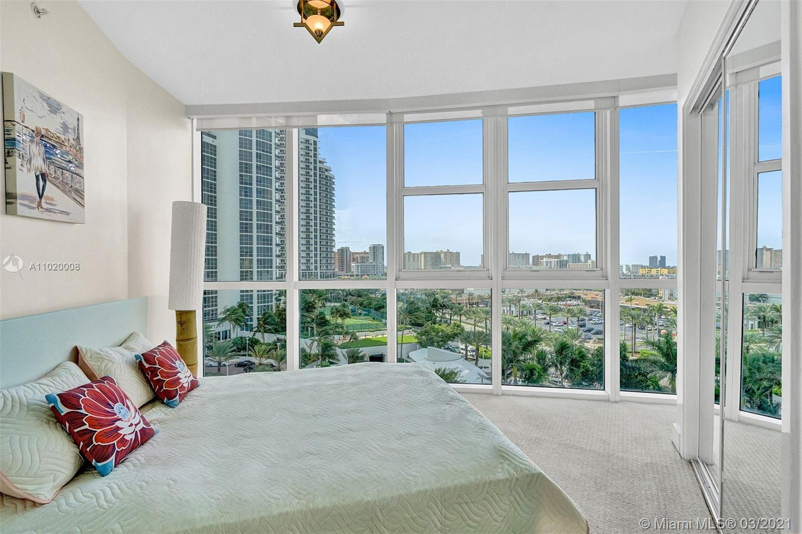 18201 Collins Ave #901A photo020