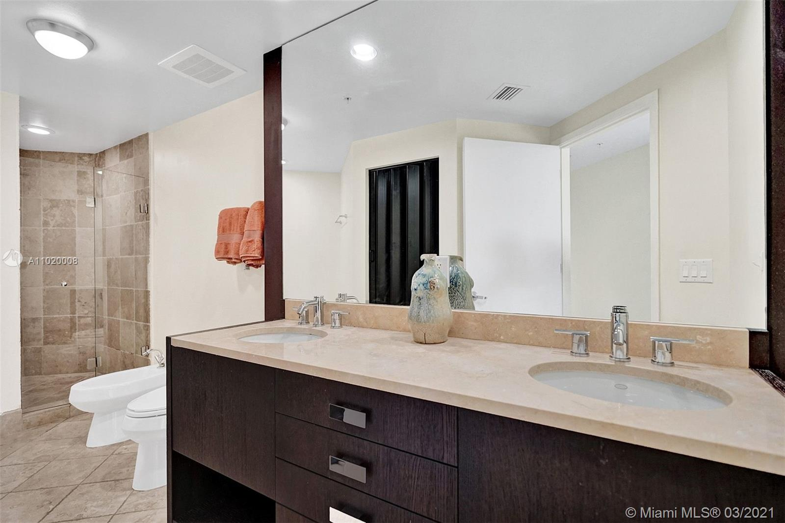 18201 Collins Ave #901A photo025