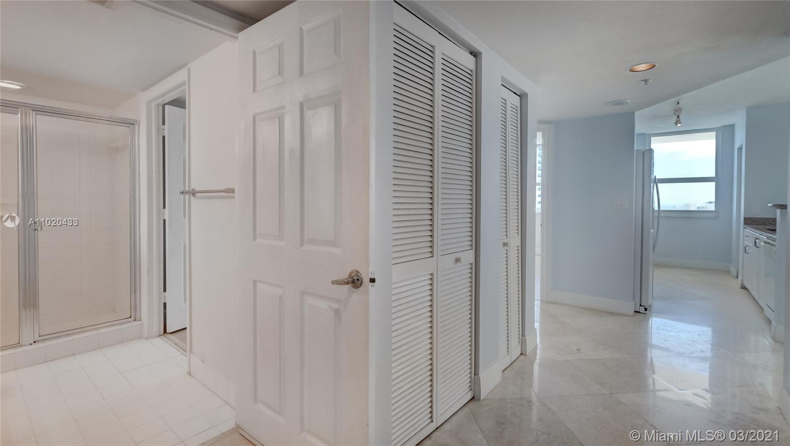 1155 Brickell Bay Dr #3201 photo05