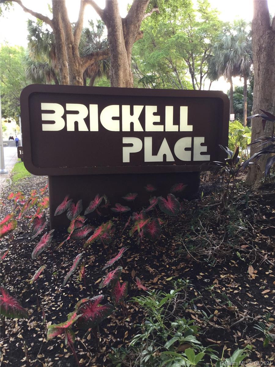 Brickell Place Tower B #B401 - 1901 Brickell Ave #B401, Miami, FL 33129