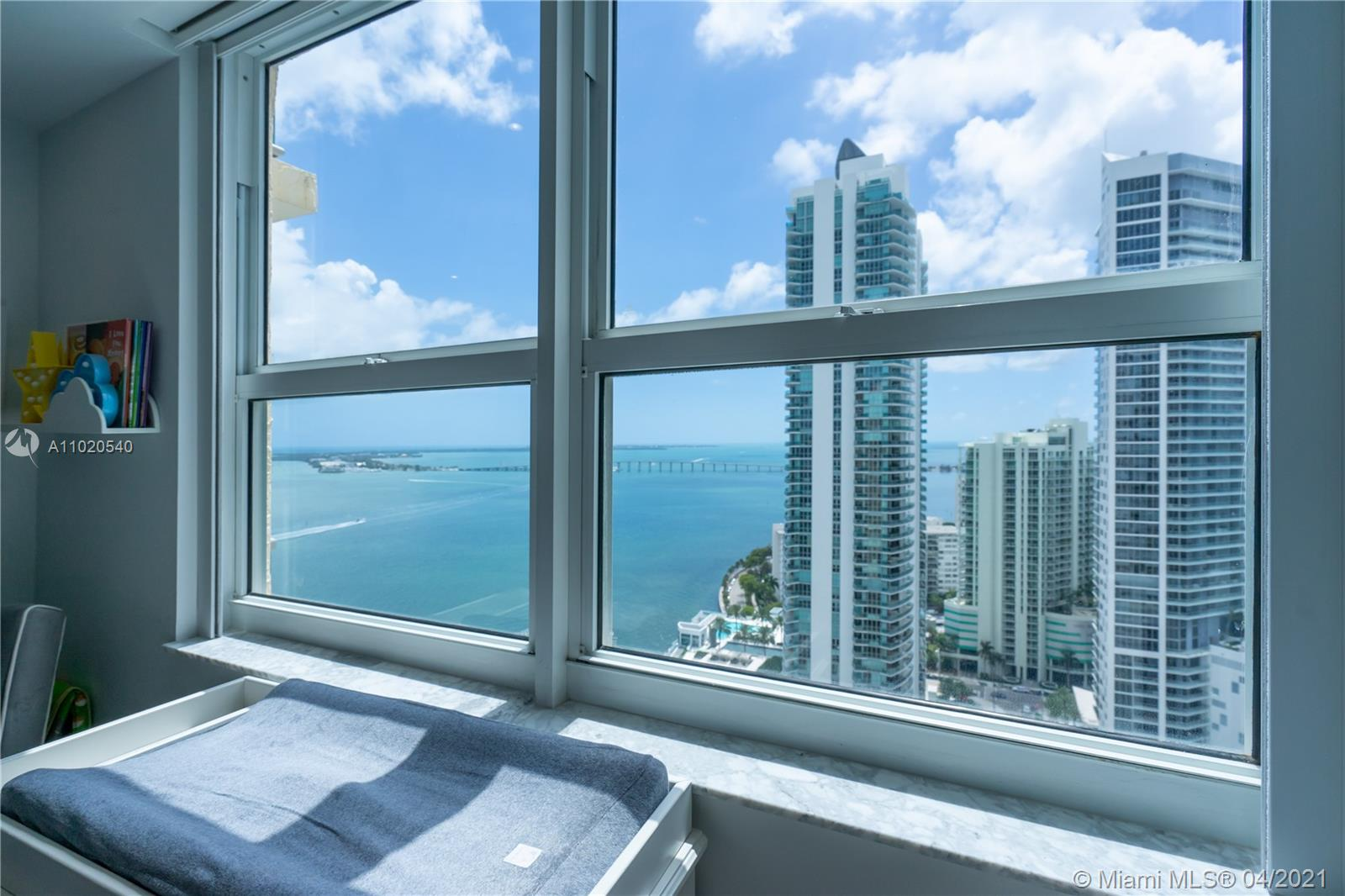 1155 Brickell Bay Dr #3103 photo014