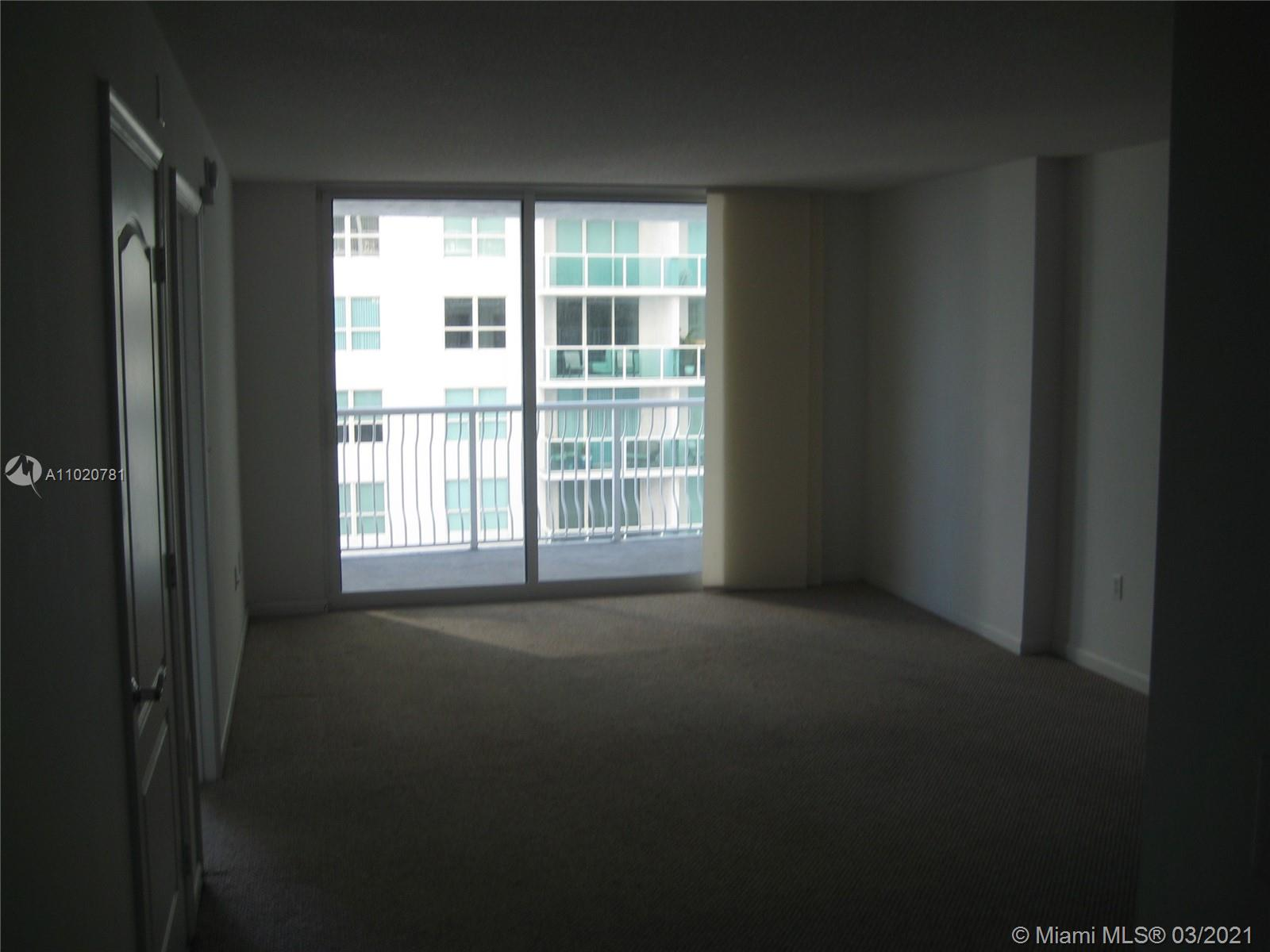 1200 Brickell Bay Dr #1605 photo013