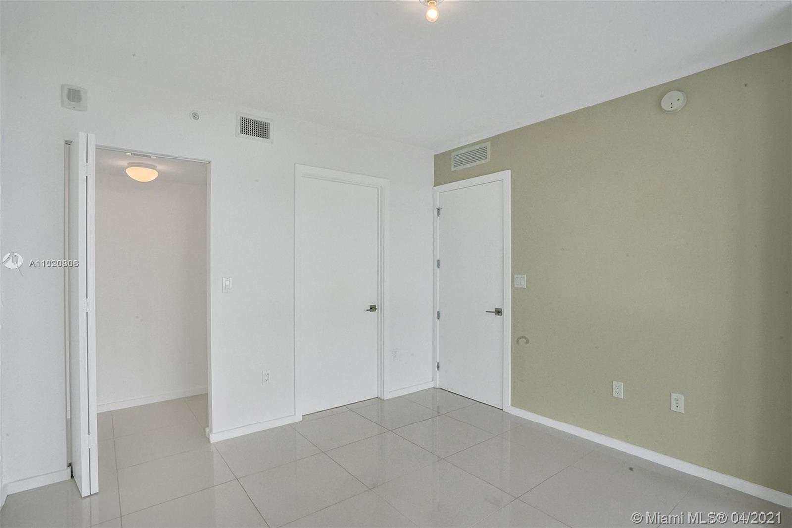 5252 NW 85th Ave #708 photo014