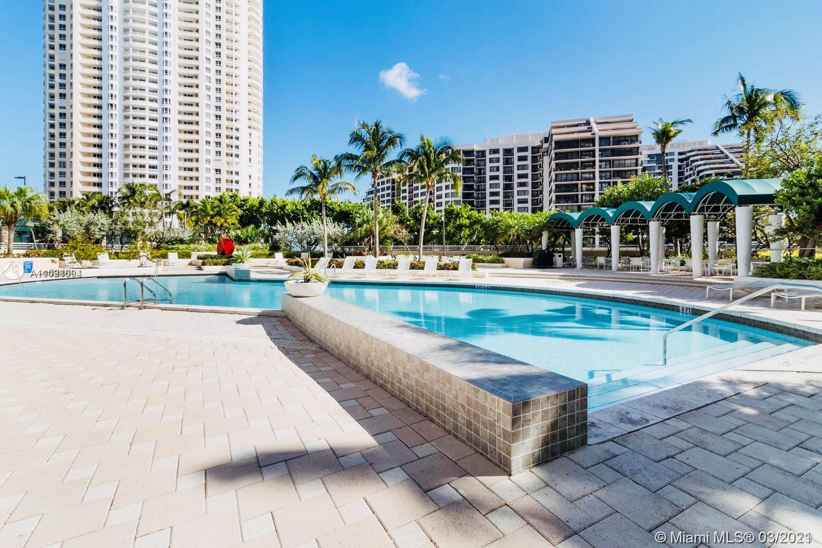 888 Brickell Key Dr #504 photo013