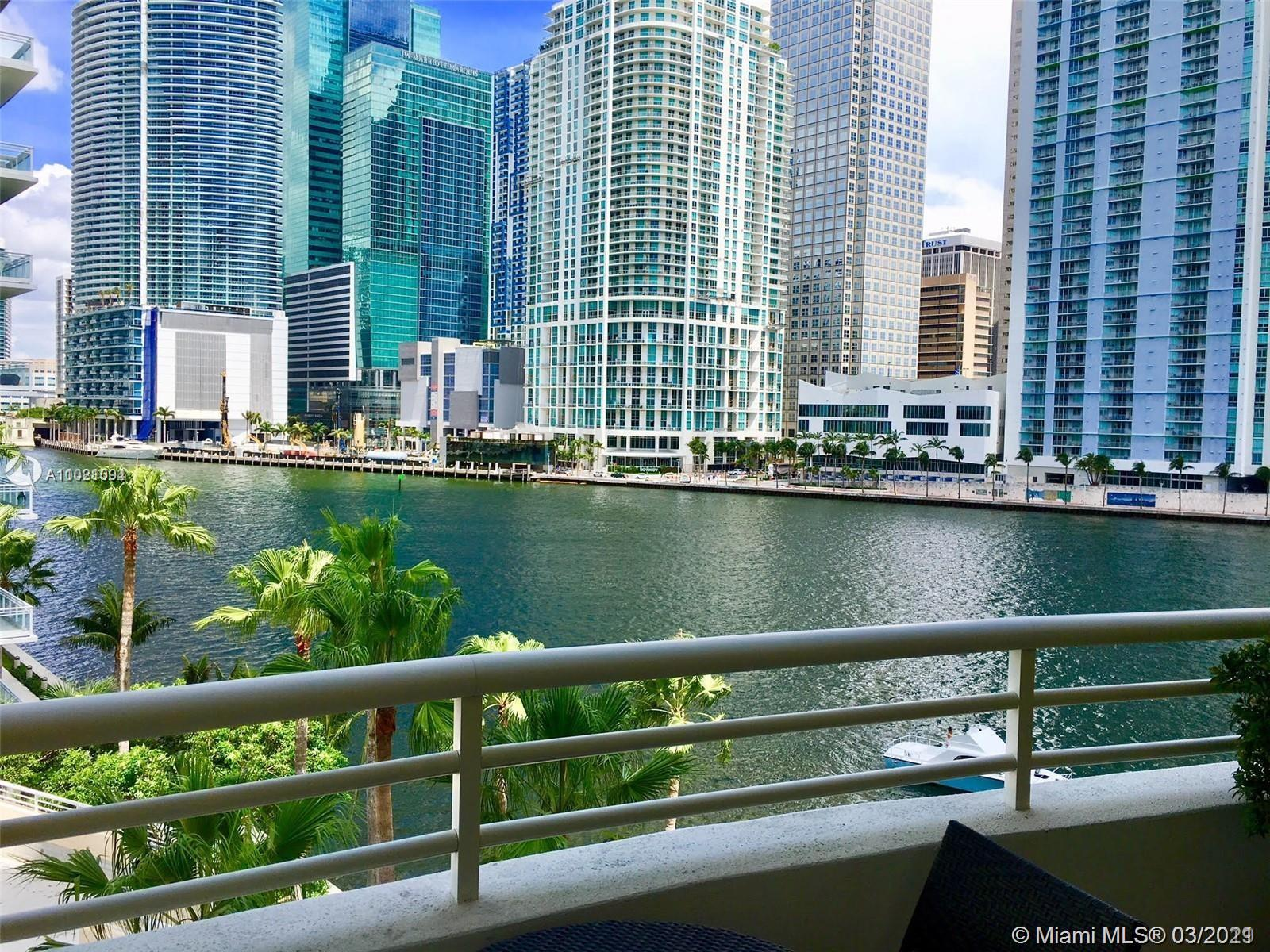 888 Brickell Key Dr #504 photo03