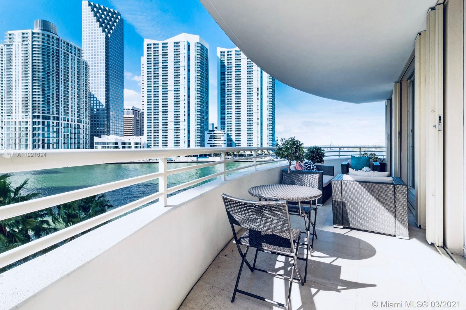 888 Brickell Key Dr #504 photo011