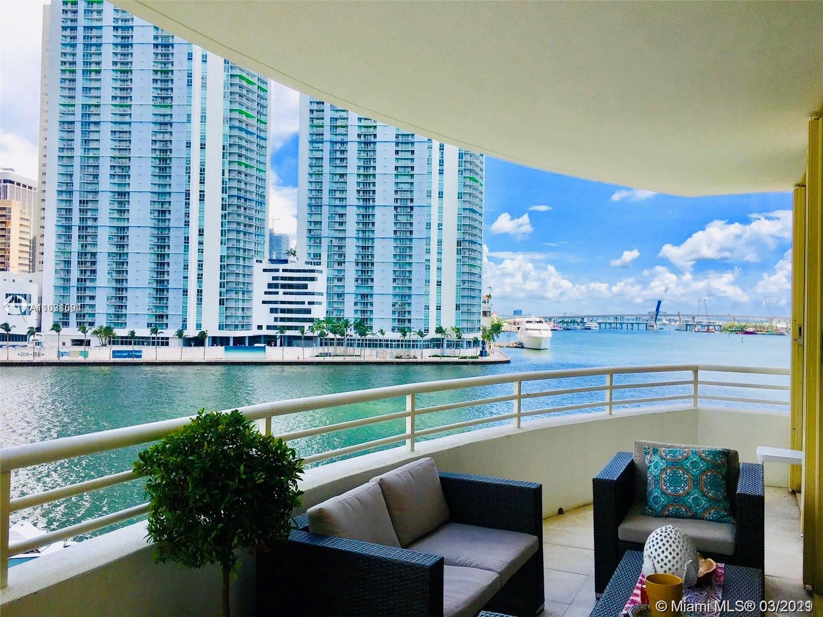 888 Brickell Key Dr #504 photo04