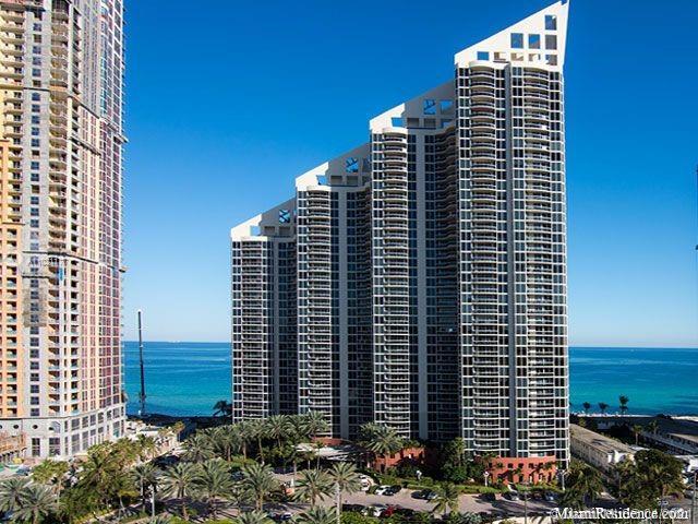 Pinnacle #1404 - 17555 Collins Ave #1404, Sunny Isles Beach, FL 33160