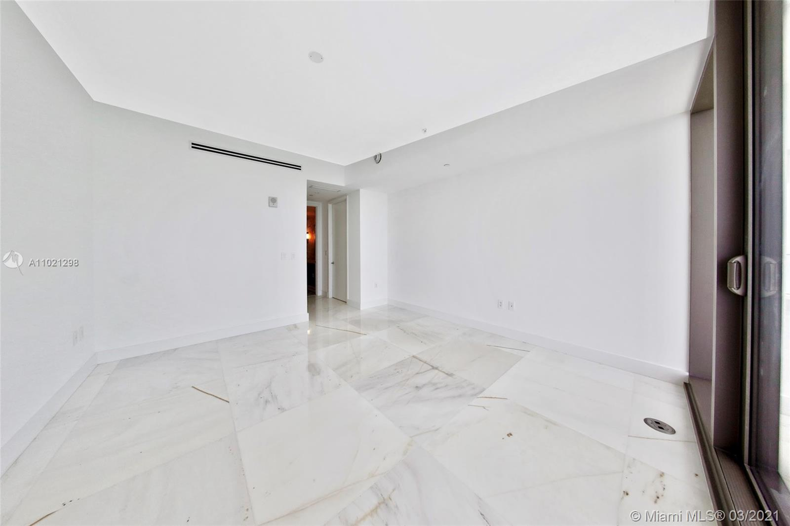 15701 Collins Ave #1803 photo014