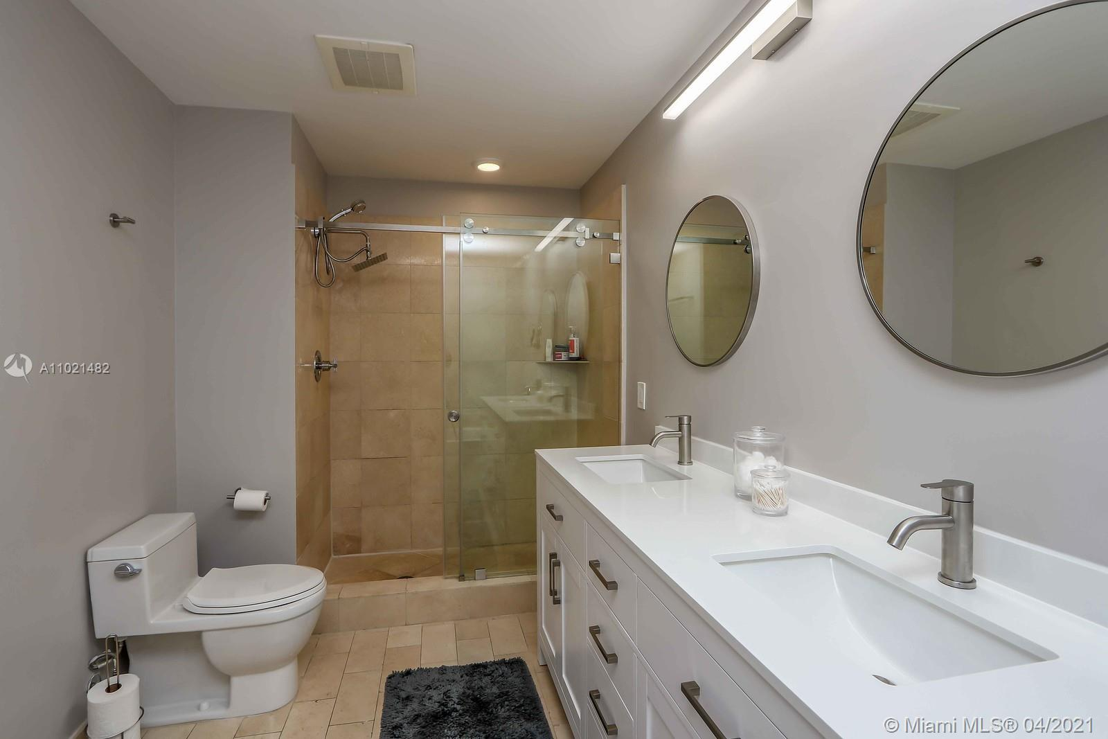 1111 SW 1st Ave #1623-N photo012