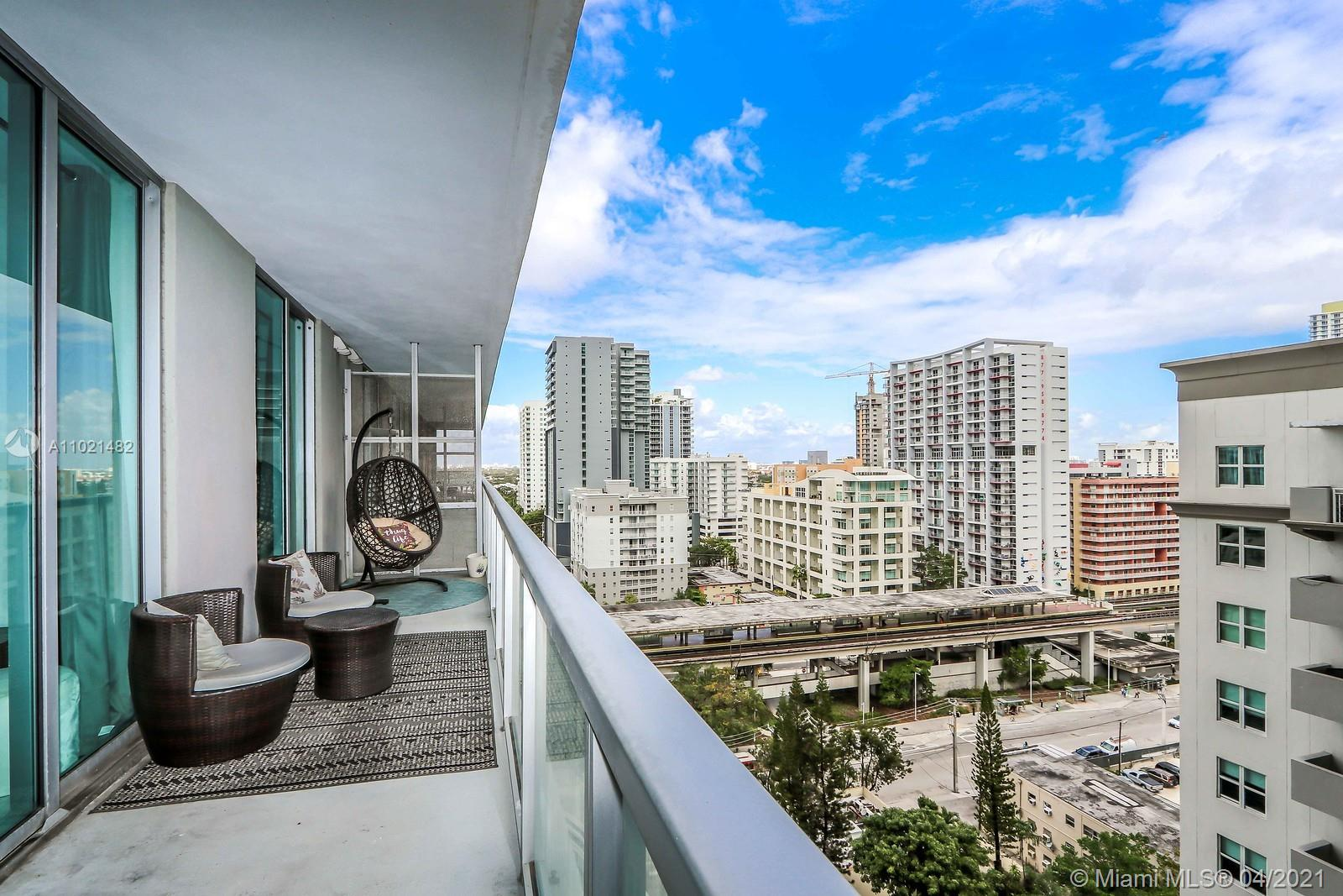 1111 SW 1st Ave #1623-N photo015