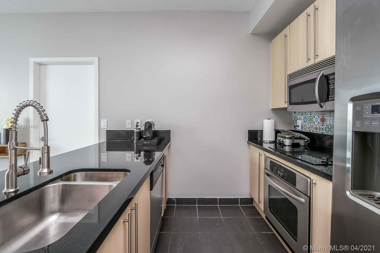 1111 SW 1st Ave #1623-N photo04