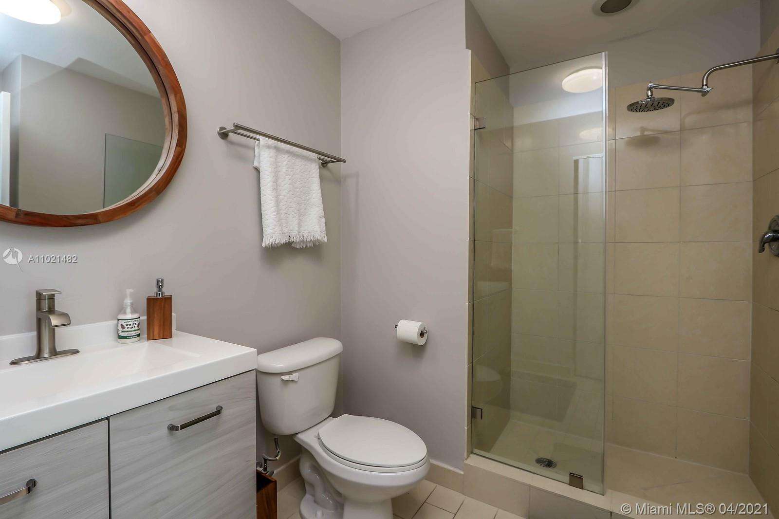1111 SW 1st Ave #1623-N photo08