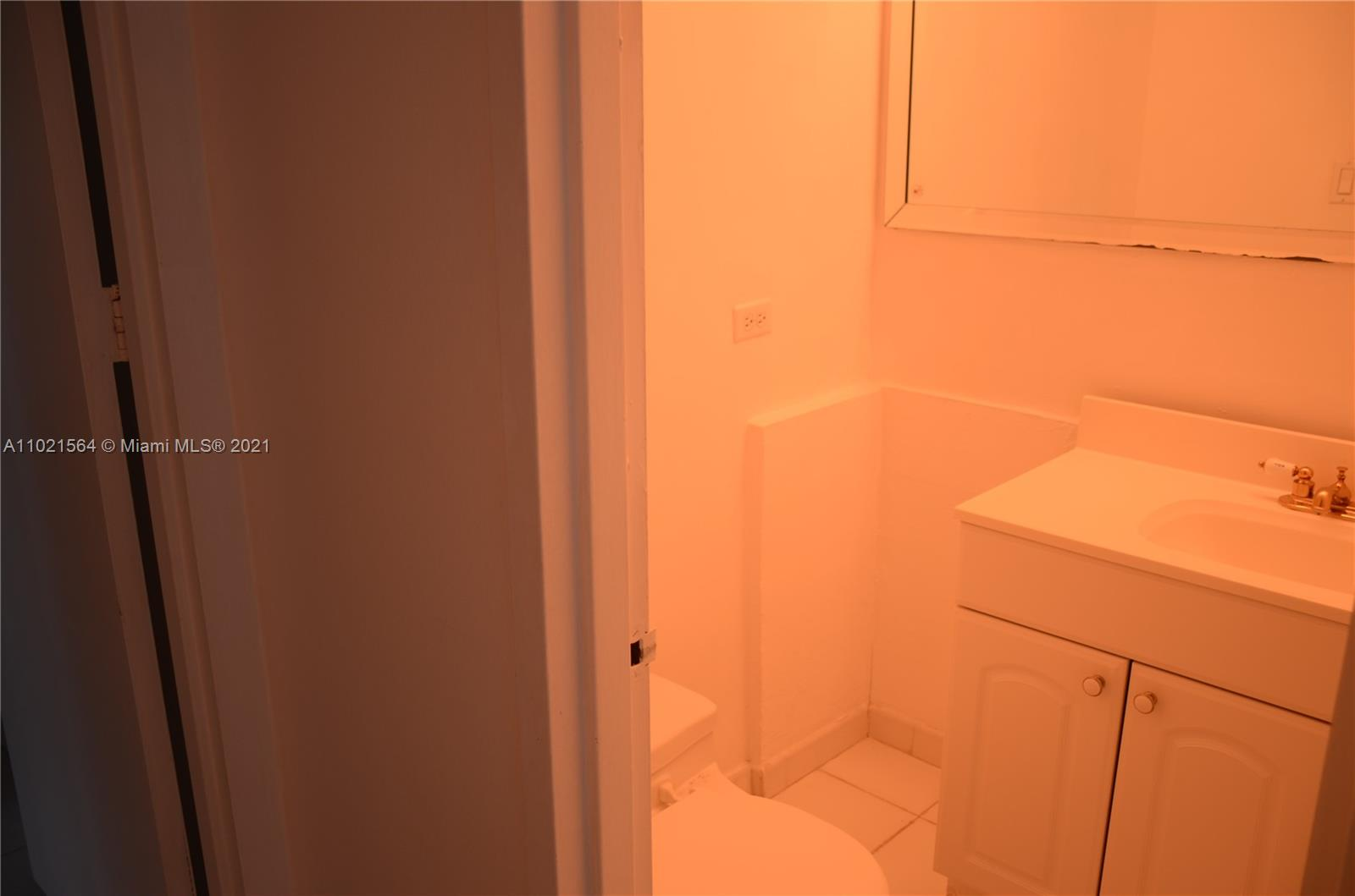 5055 Collins Ave #5A photo013