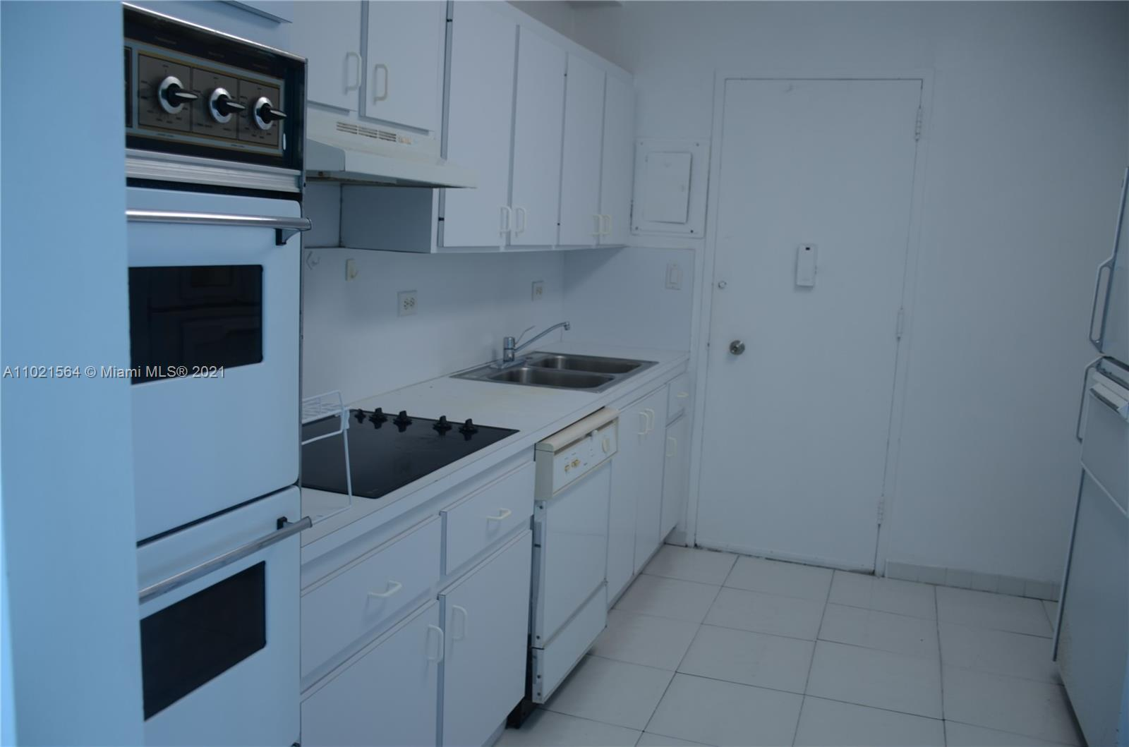 5055 Collins Ave #5A photo012