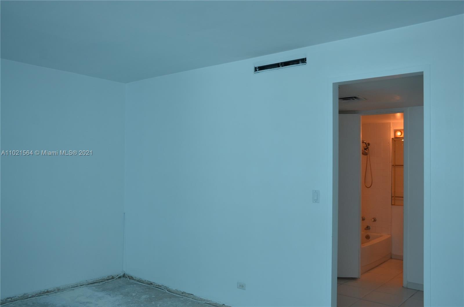 5055 Collins Ave #5A photo015