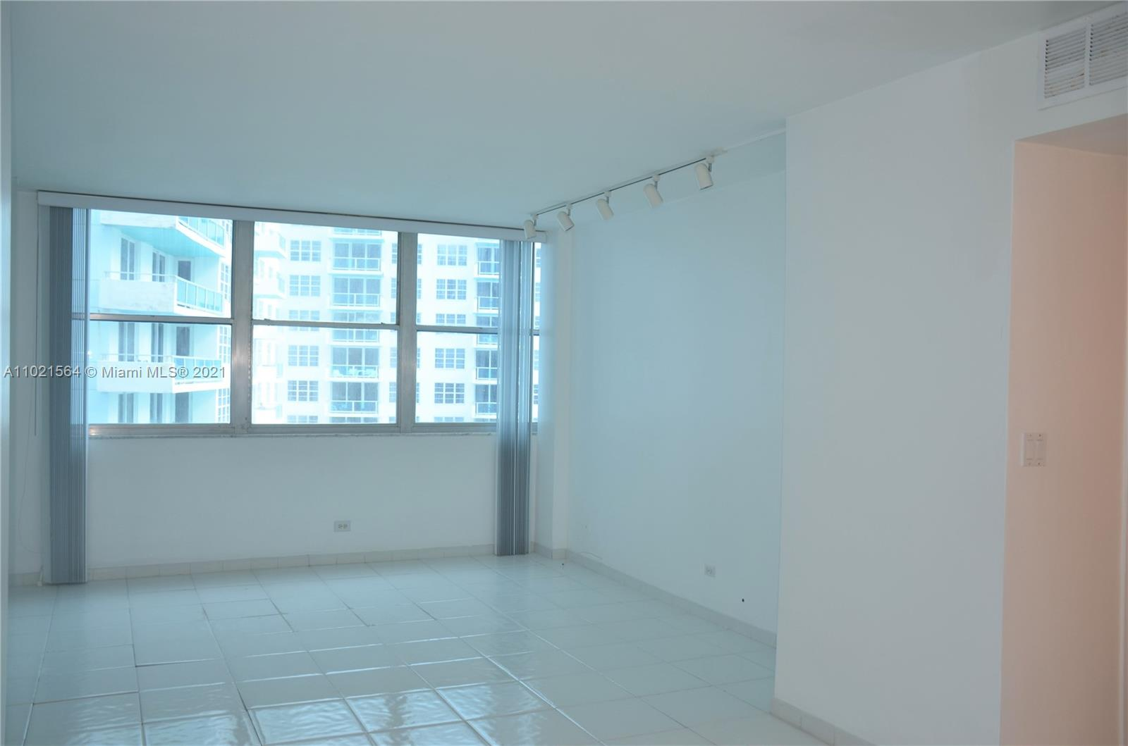 5055 Collins Ave #5A photo011
