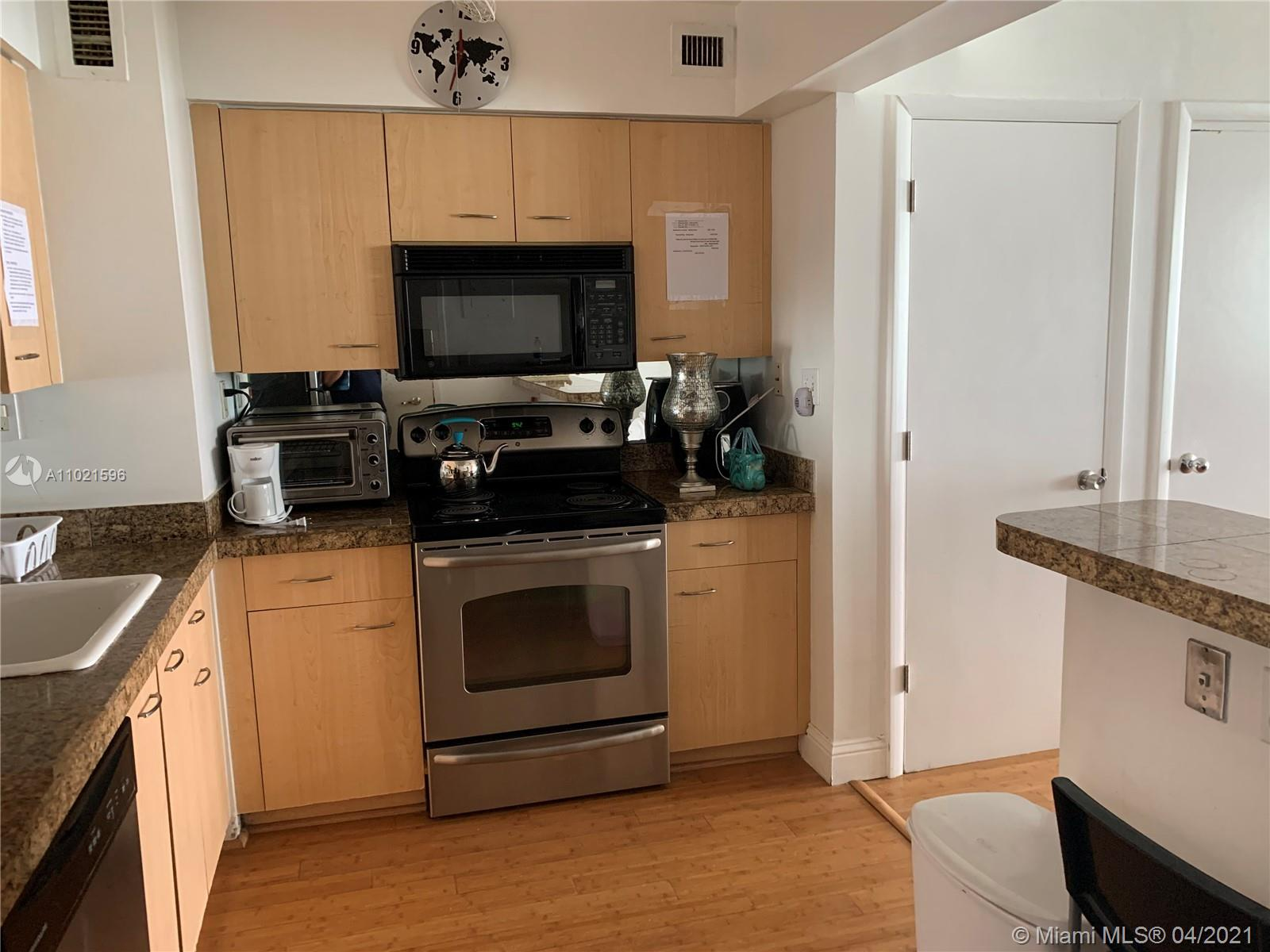 9195 Collins Ave #1101 photo028