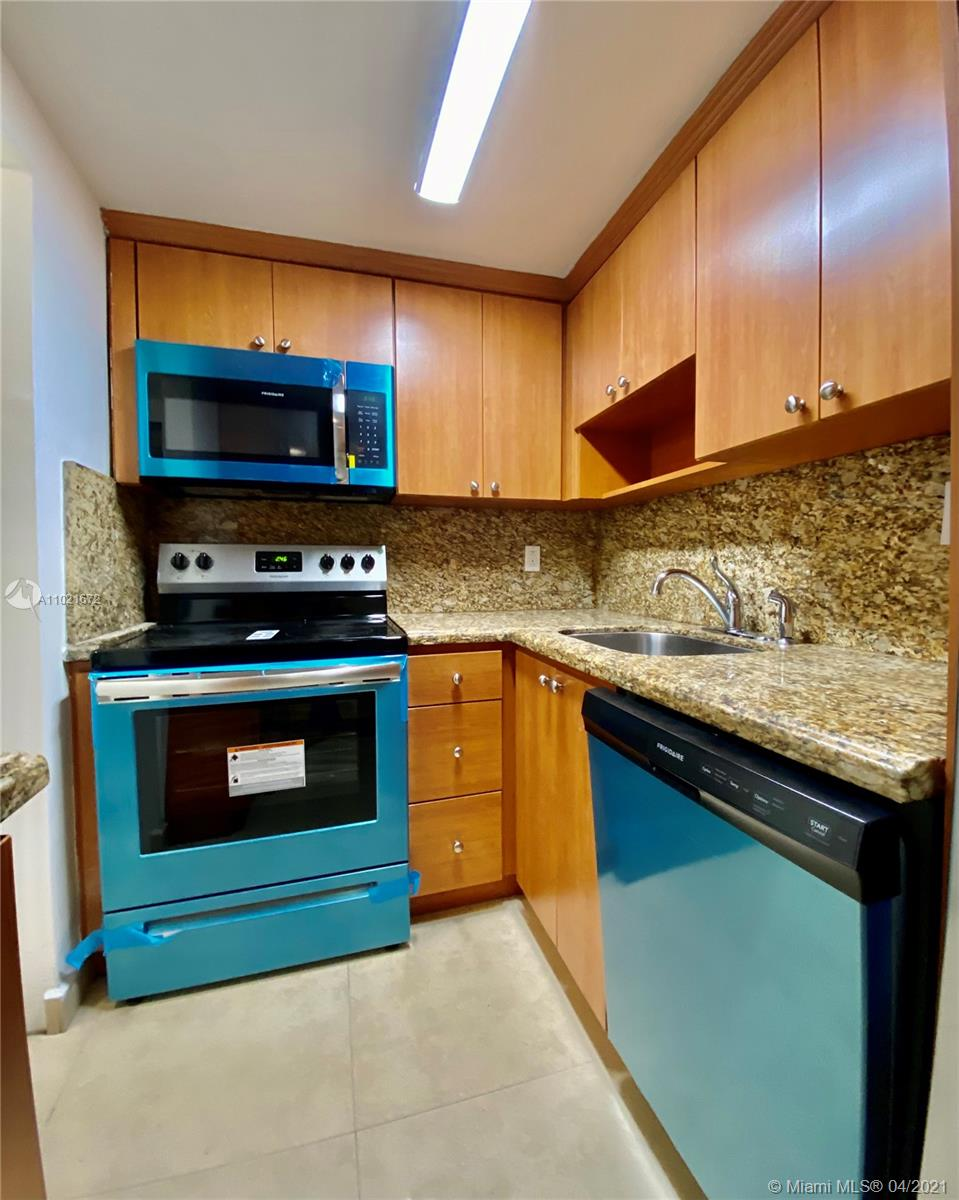 2899 Collins Ave #1148 photo04