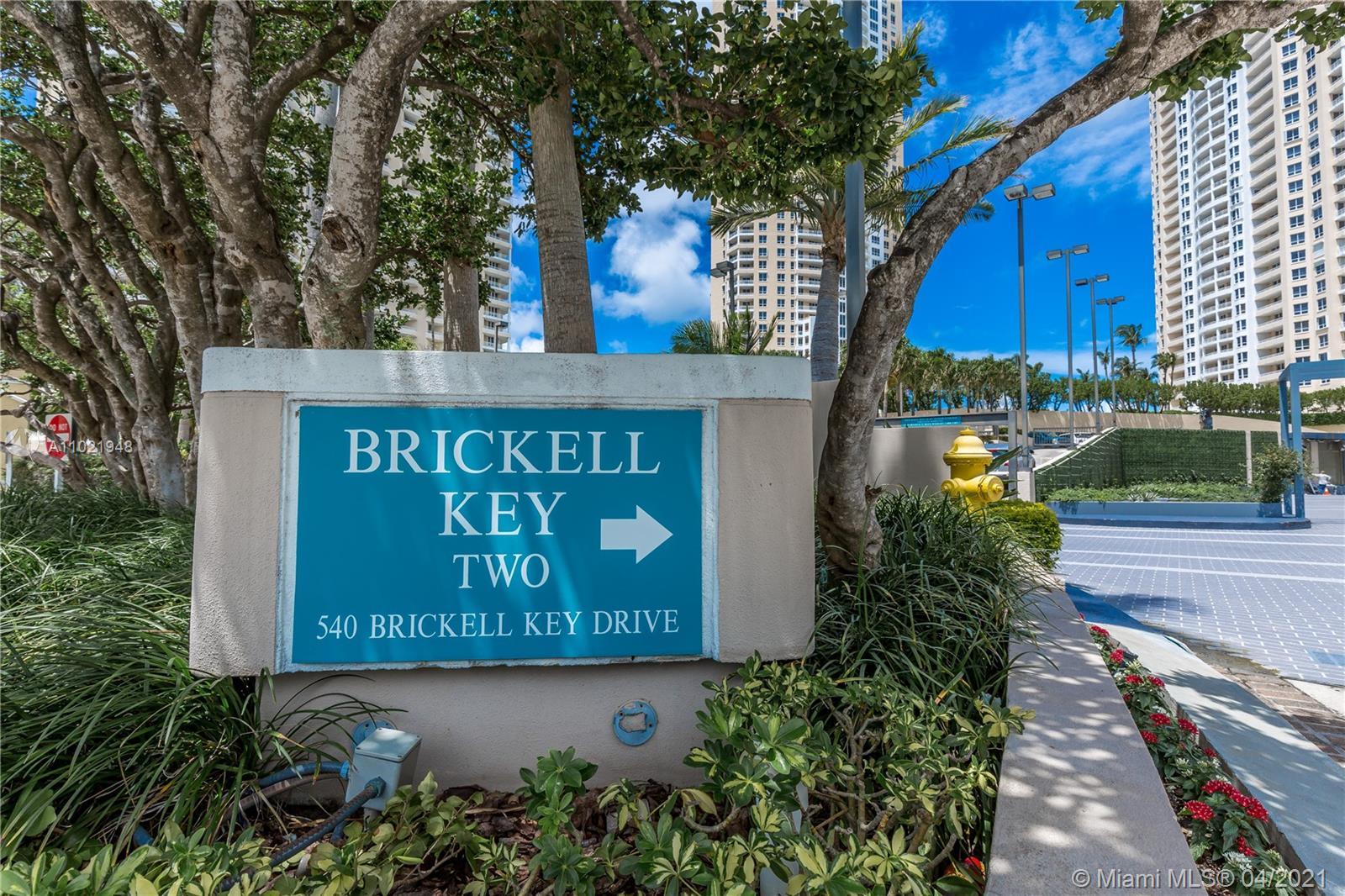 540 Brickell Key Dr #1111 photo02