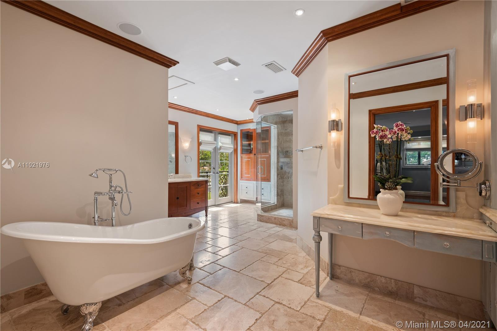 Large Master Bath with Tub and Shower.