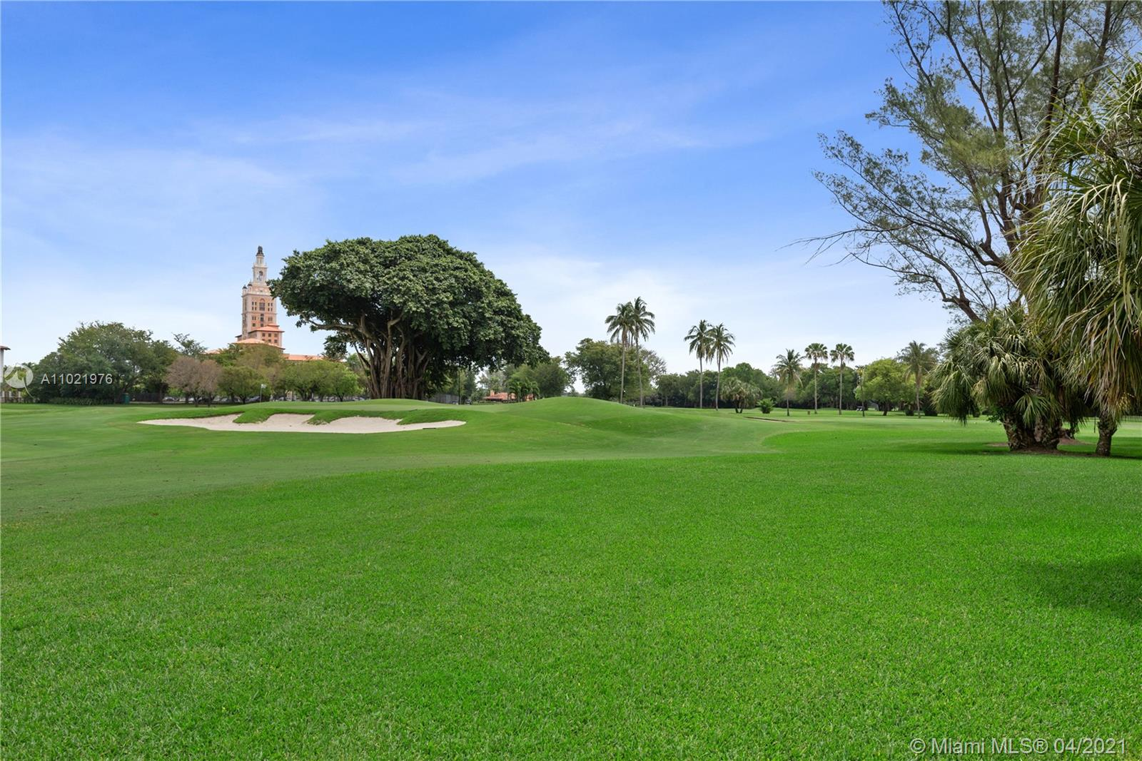 Views of Golfcourse and Biltmore Hotel.