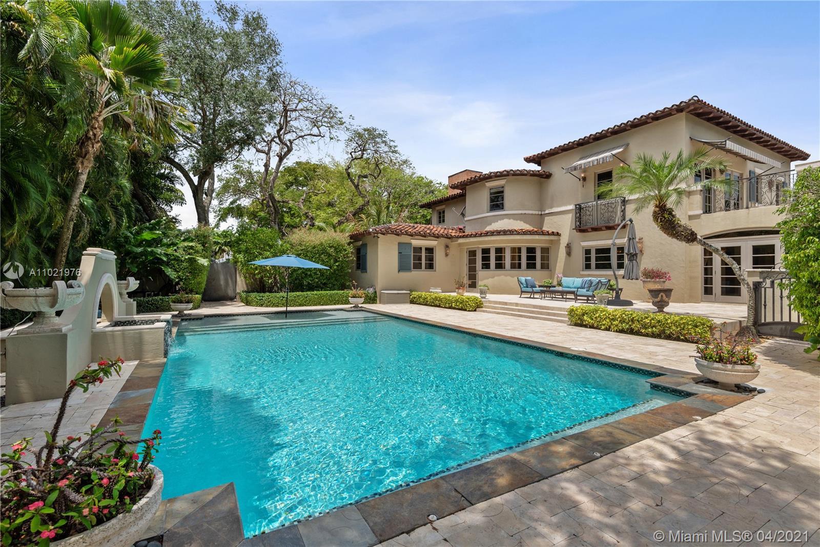 Pool Fountain.