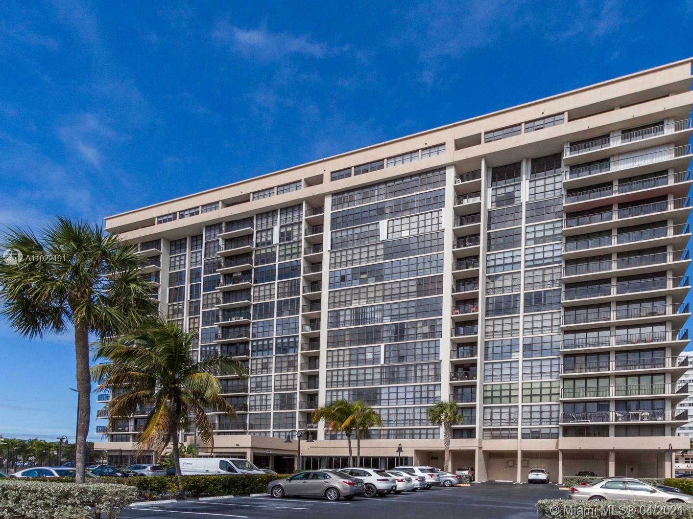 Avant Garde One #706 - 2017 S Ocean Dr #706, Hallandale Beach, FL 33009