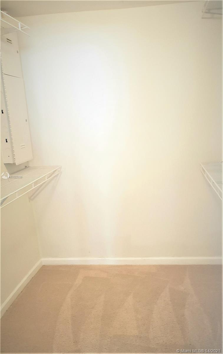 10275 Collins Ave #712 photo06