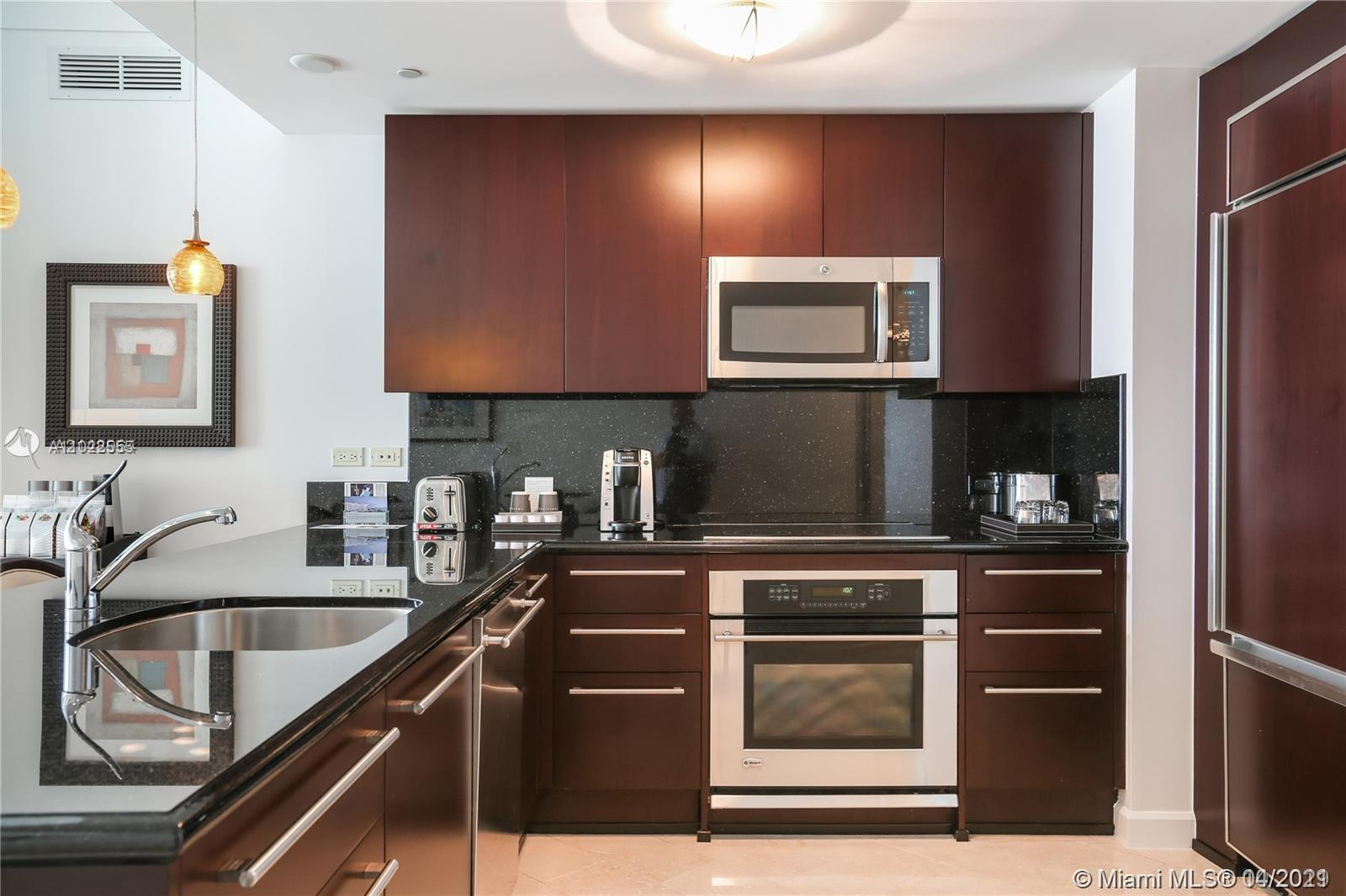 4391 Collins Ave #623 photo033