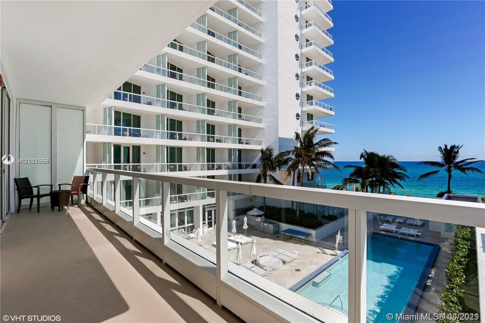 4391 Collins Ave #623 photo025