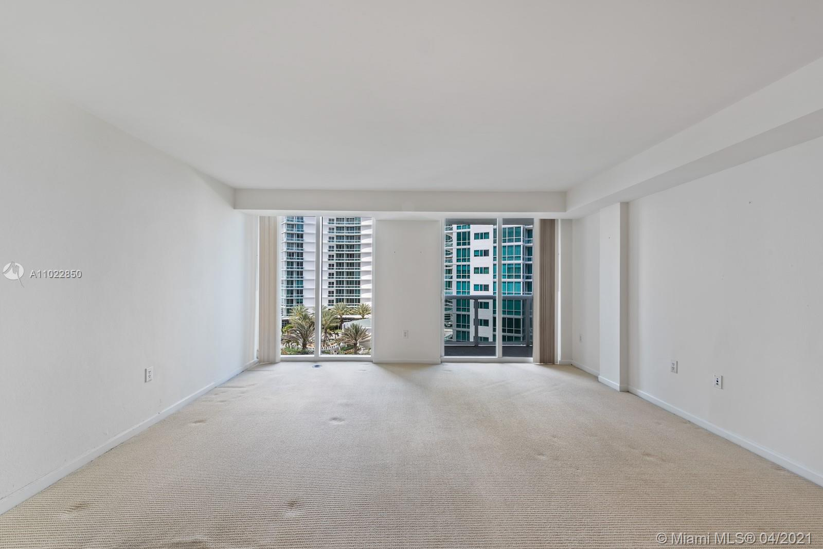 10275 Collins Ave #801 photo06