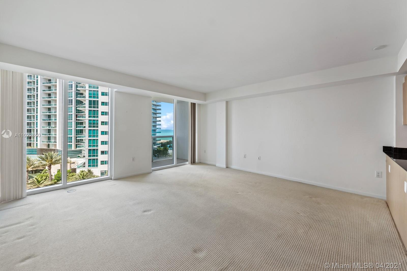 10275 Collins Ave #801 photo07