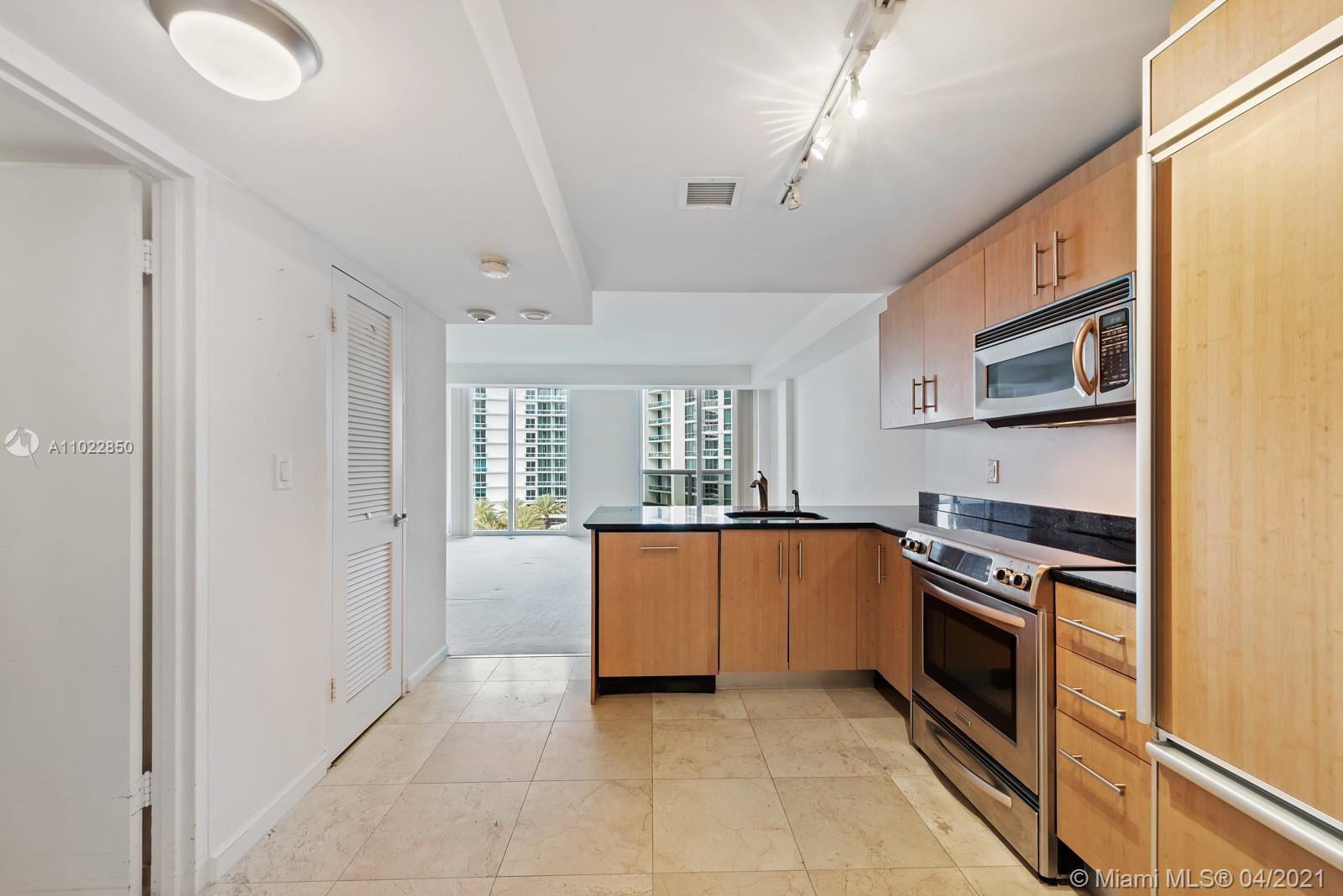 10275 Collins Ave #801 photo011