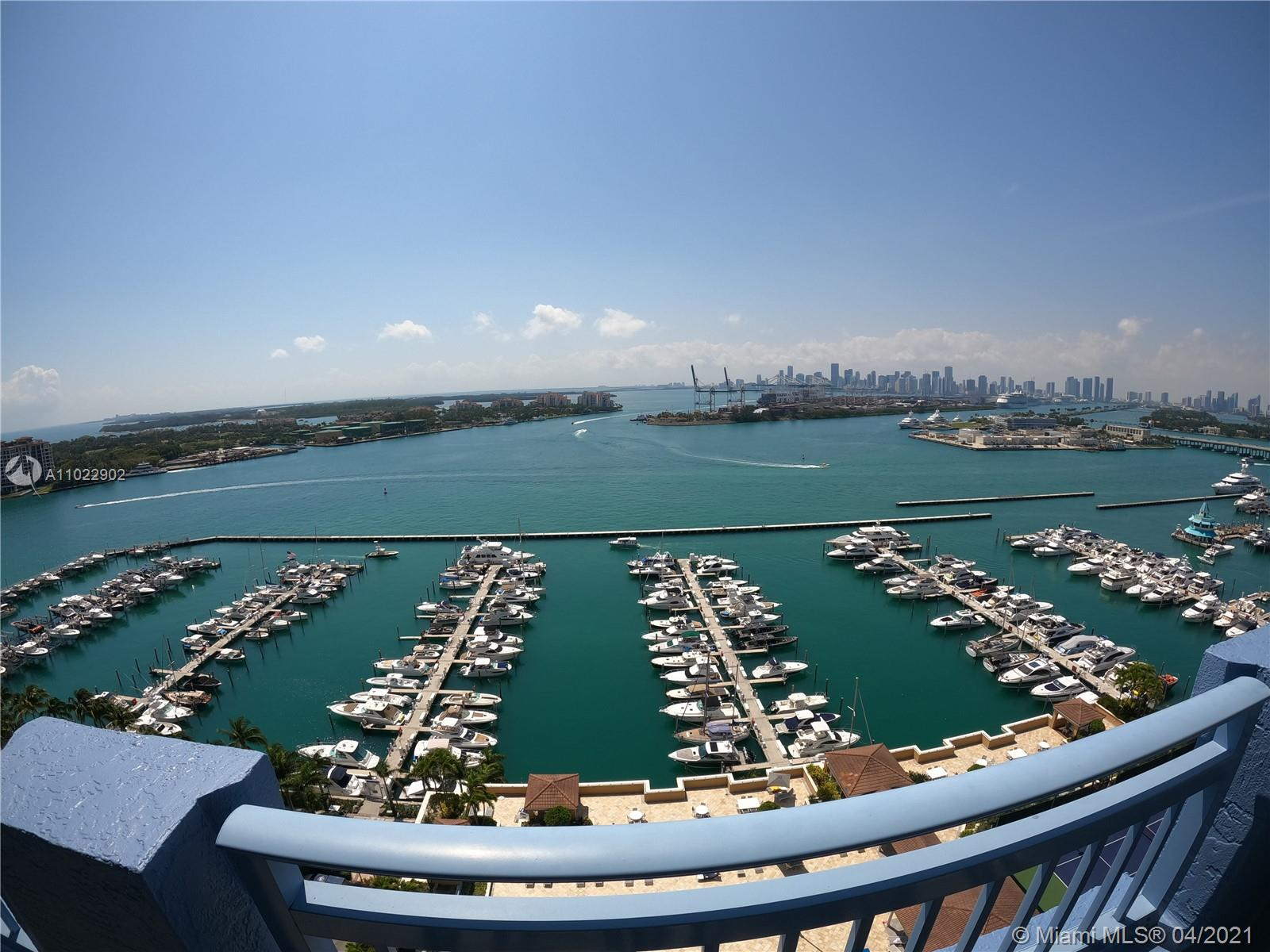 Yacht Club #2102 - 03 - photo