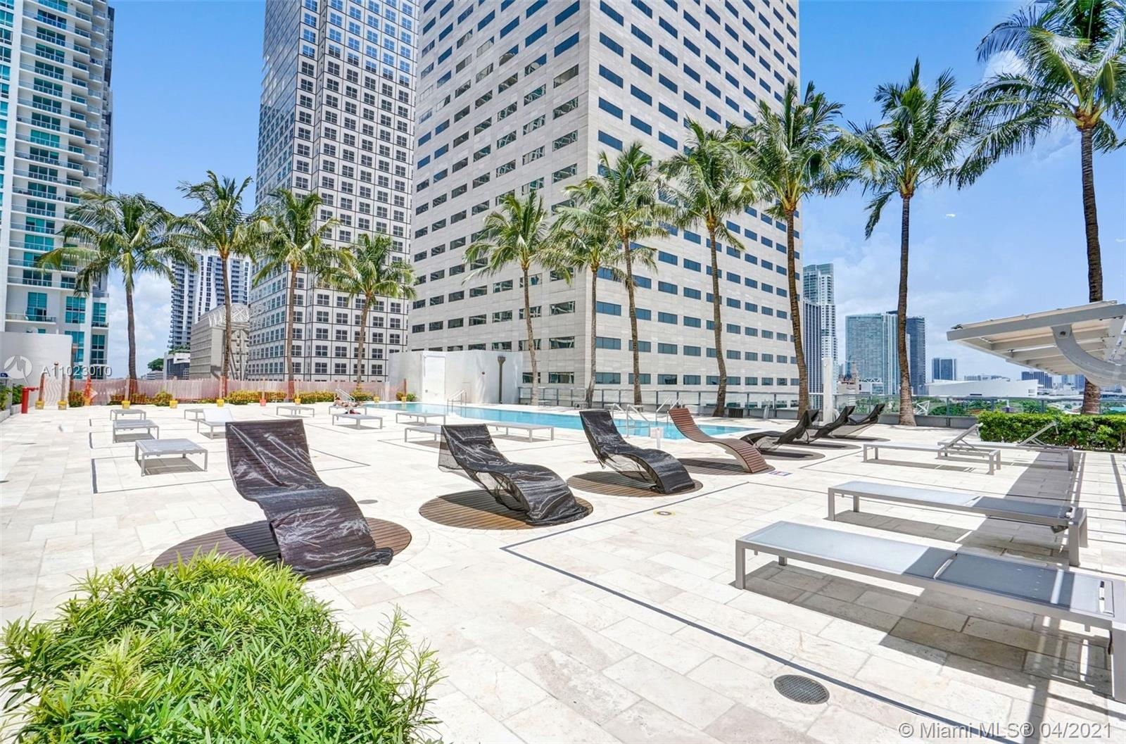 325 S Biscayne Blvd #4018 photo043
