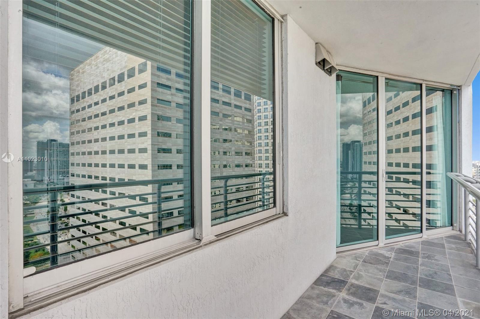 325 S Biscayne Blvd #4018 photo016