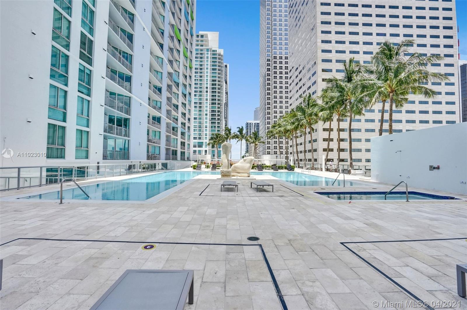 325 S Biscayne Blvd #4018 photo040