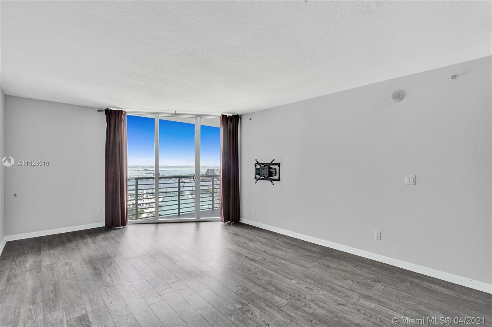 325 S Biscayne Blvd #4018 photo08