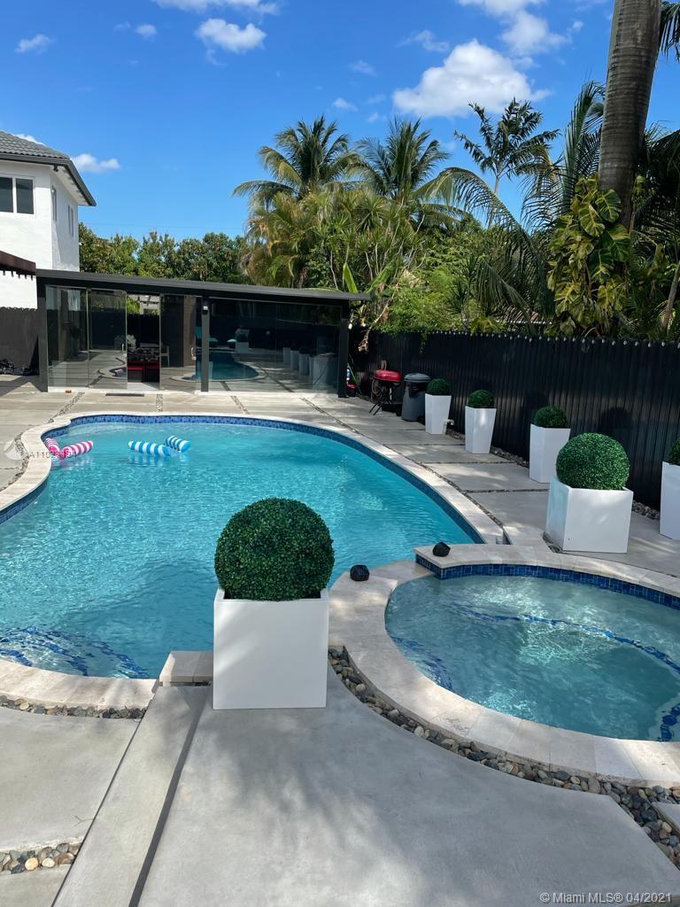 Milton Venture - 15774 SW 147th Ln, Miami, FL 33196