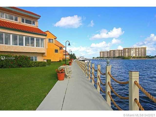 Cite East #404 - 2000 N Bayshore Drive #404, Miami, FL 33137