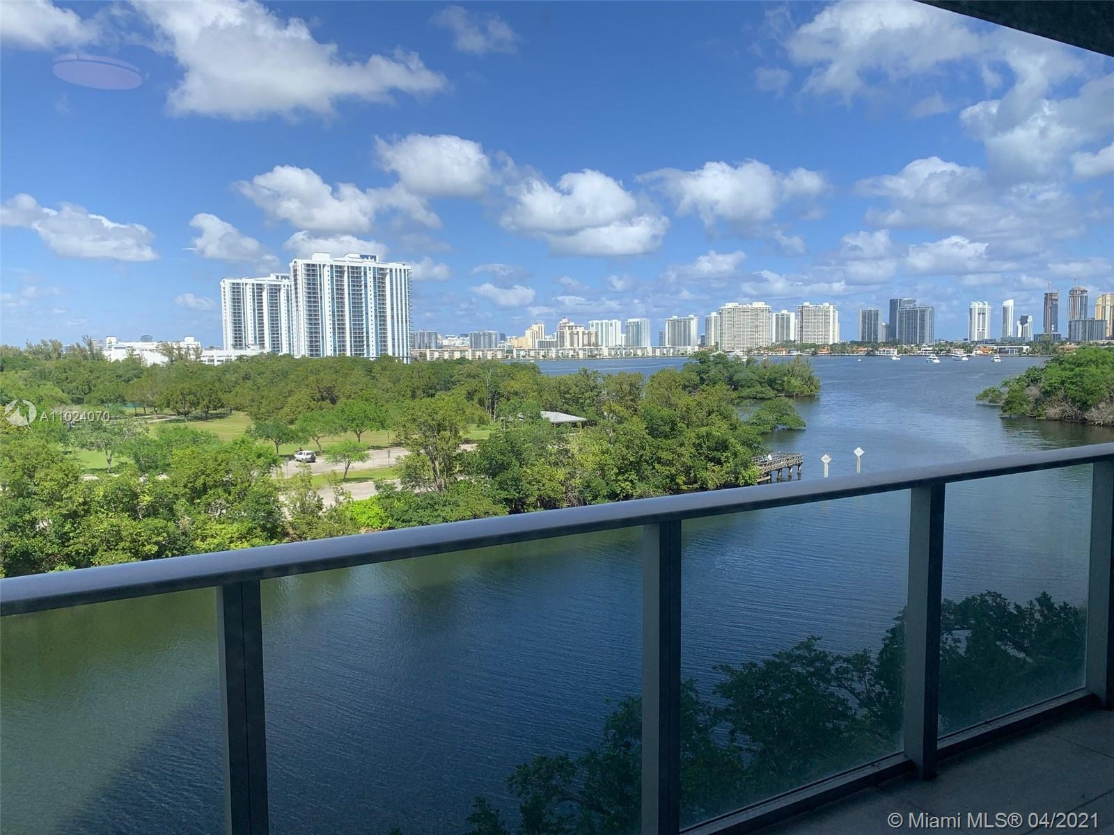 16385 Biscayne Blvd #503 photo013